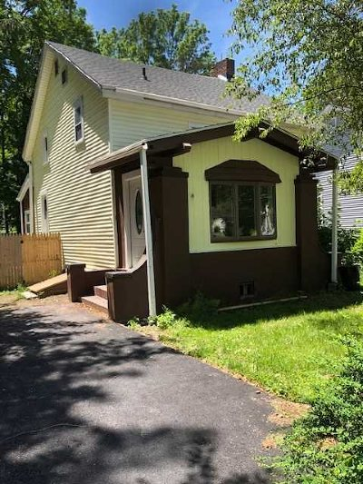 Poughkeepsie Twp Single Family Home For Sale: 168 Rochdale Rd