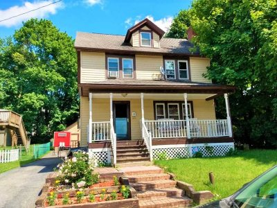 Poughkeepsie City Single Family Home For Sale: 46 W Arnold Road