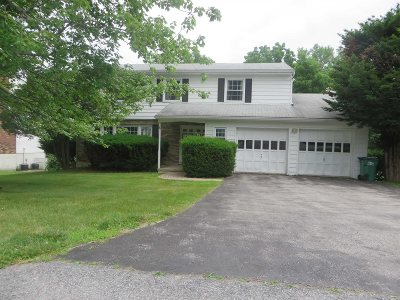 Poughkeepsie Twp Single Family Home For Sale: 6 Pasture Ln