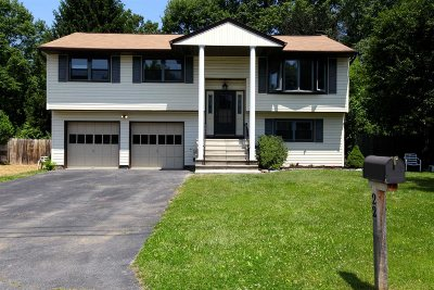 Poughkeepsie Twp Single Family Home For Sale: 22 Gerry Rd
