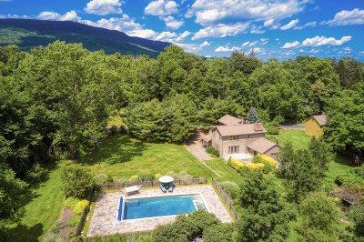 Gardiner Single Family Home For Sale: 409 Decker Rd