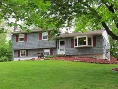 La Grange Single Family Home For Sale: 22 Laurel Park Rd