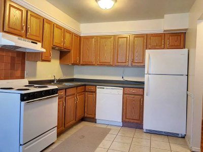 Poughkeepsie Twp Condo/Townhouse For Sale: 2710 South Rd #C5