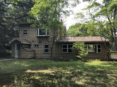 Pawling Single Family Home For Sale: 135 Bundy Hill Rd