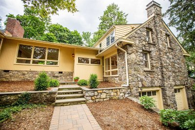 Poughkeepsie Twp Single Family Home For Sale: 40 Kingwood Park