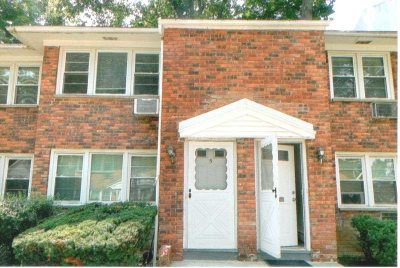 Poughkeepsie Twp Condo/Townhouse For Sale: 2710 South Rd B6