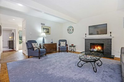 Somers Condo/Townhouse For Sale: 113 Heritage Hills #113B