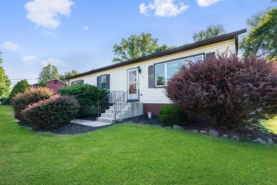 Wappinger NY Single Family Home For Sale: $375,000