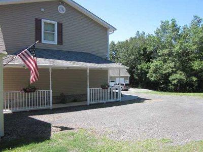 Dutchess County Rental For Rent: 173 Hillside Lake Rd #1