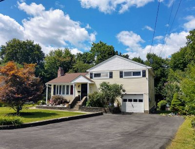 Poughkeepsie Twp Single Family Home For Sale: 32 Wantaugh Ave
