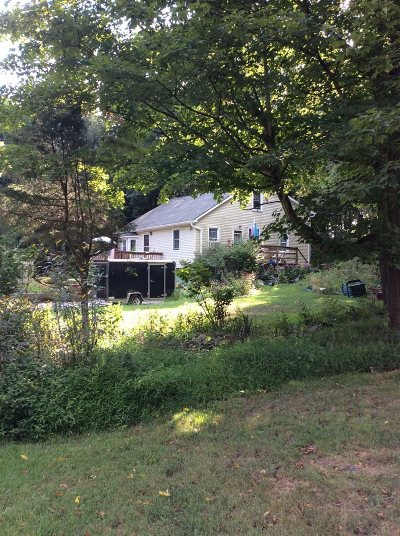 La Grange Single Family Home For Sale: 104 Daley Rd