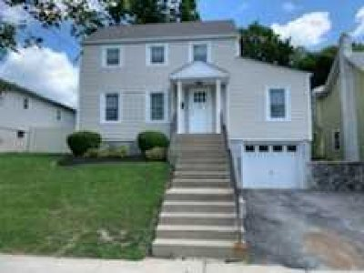 Poughkeepsie Twp Single Family Home For Sale: 93 Fairview Ave