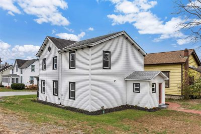 Poughkeepsie Twp Single Family Home For Sale: 11 Division