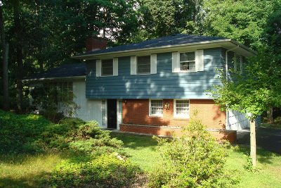 Poughkeepsie Twp Single Family Home For Sale: 39 Timberline