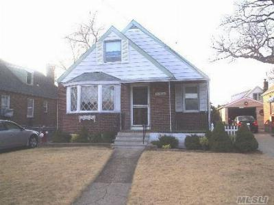 Franklin Square NY Single Family Home Sold: $299,000