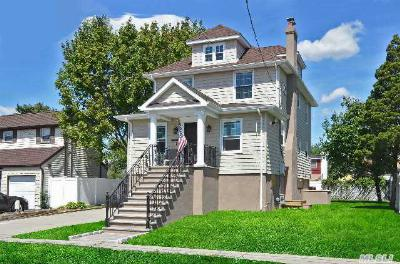 Oceanside NY Single Family Home Sold: $519,000