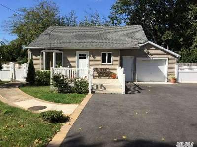 Single Family Home Sold: 114 Irving Ave