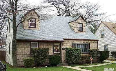 Valley Stream NY Single Family Home Sold: $359,000