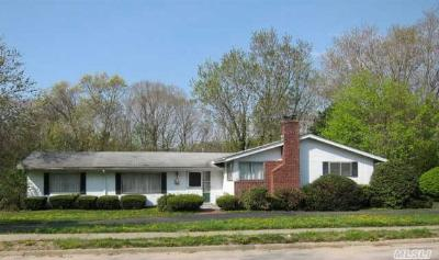 Single Family Home Sold: 43 Pine Hill Ln