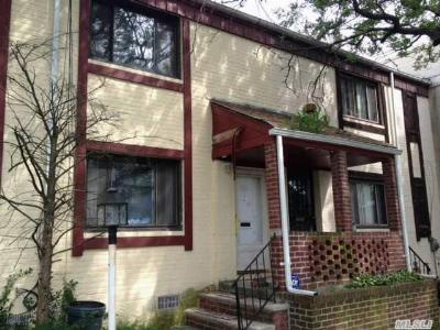 Springfield Gdns NY Single Family Home Sold: $289,900