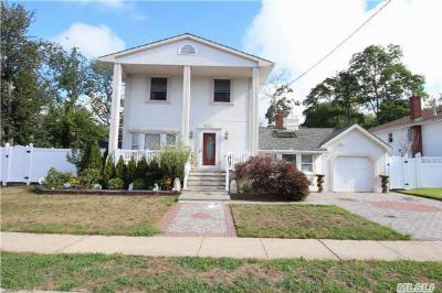 Baldwin NY Single Family Home Sold: $439,000