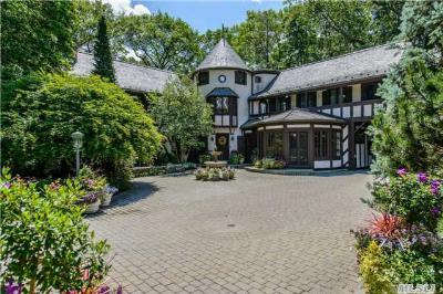 Upper Brookville Single Family Home For Sale