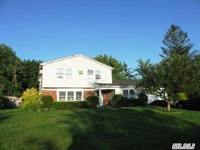 S. Setauket Single Family Home For Sale: 3 Strathmore Villa Dr