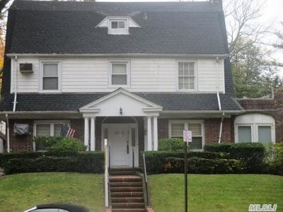 Single Family Home Sold: 117-12 Park Lane South