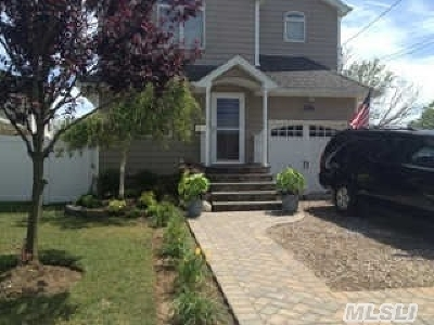Single Family Home Sold: 2464 Horace Ct