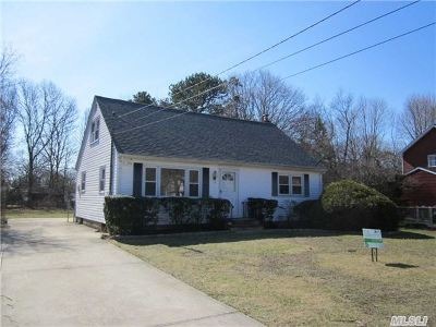 Single Family Home Sold: 280 Floral Park St