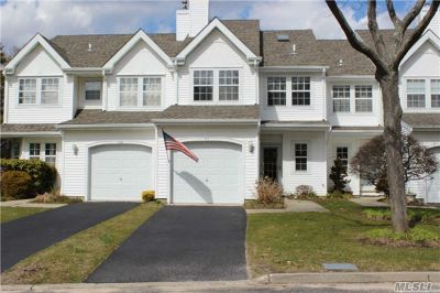 Condo/Townhouse Sold: 111 Northwood Ct