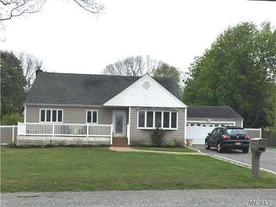 Single Family Home Sold: 316 Cedarhurst St