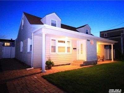 Oceanside NY Single Family Home Sold: $515,000