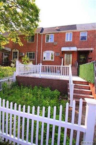Flushing NY Single Family Home For Sale: $702,500