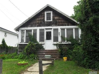 Baldwin Single Family Home For Sale: 881 Hastings St