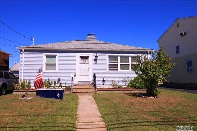 Freeport NY Single Family Home Sale Pending: $275,000