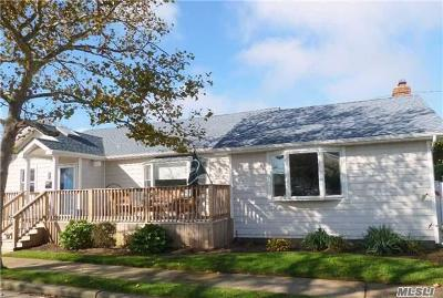 Lido Beach, Long Beach Single Family Home For Sale: 61 Farrell St