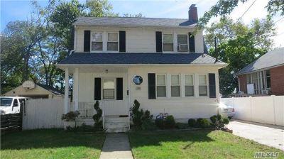 Oceanside Single Family Home For Sale: 2911 Davison St