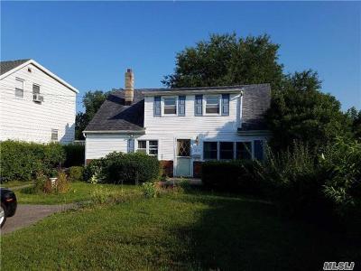 W. Babylon Single Family Home For Sale: 1473 Herzel Blvd