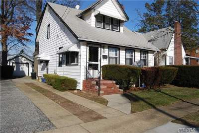 Single Family Home Sold: 141 Crowell St