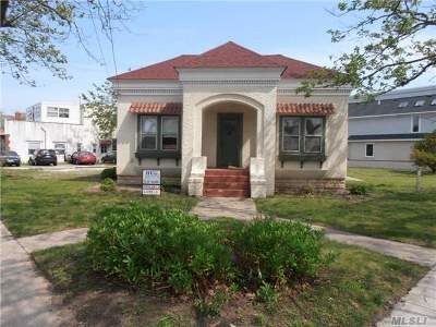 Point Lookout Single Family Home For Sale: 111 Lido Blvd