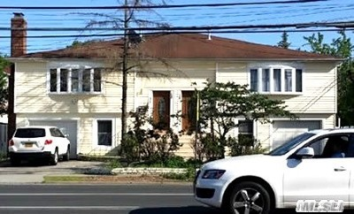 Cedarhurst Multi Family Home For Sale: 569-573 Peninsula Blvd