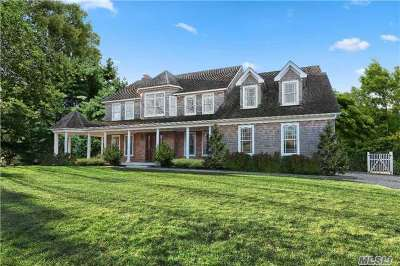 Sag Harbor Single Family Home For Sale: 77 N Haven Way