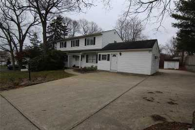 Farmingville Single Family Home For Sale