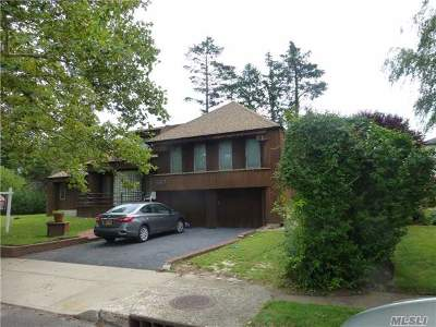Woodmere Single Family Home For Sale: 562 Sunset Dr