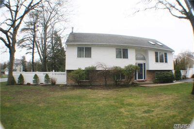 Nesconset Single Family Home For Sale: 3 Garden St