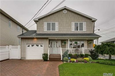 Island Park Single Family Home For Sale: 29 Redfield Rd