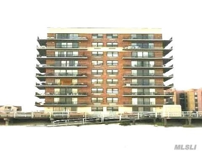 Long Beach NY Condo/Townhouse For Sale: $925,000