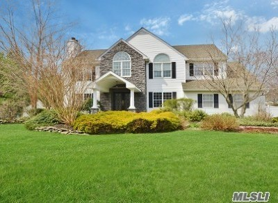 Commack Single Family Home For Sale: 3 Brandon