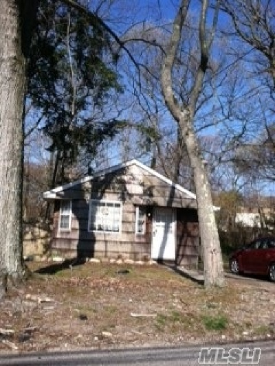 Ronkonkoma Residential Lots & Land For Sale: 262 Avenue C